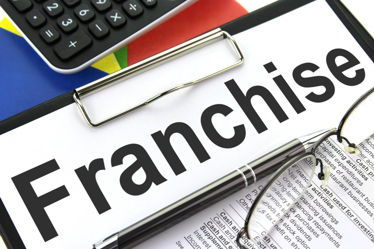 Semi Absentee Franchises: Many Options Available and You Can Keep Your Day Job